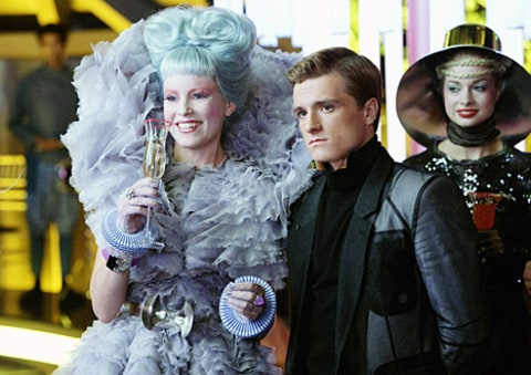 elizabeth banks josh hutcherson hunger games