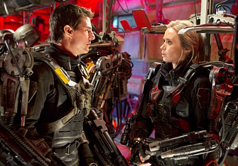 emily blunt tom cruise in edge of tomorrow