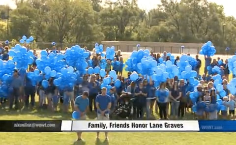 Hundreds Gather for Birthday of Boy Was Killed By Gator in Disney