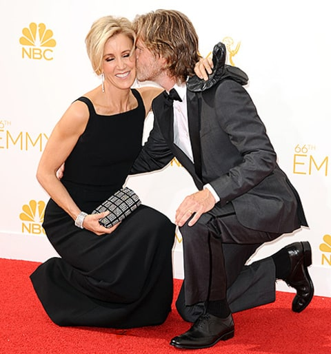 Felicity Huffman and William H. Macy kiss