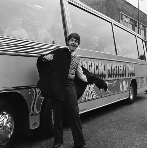 'Magical Mystery Tour': Inside Beatles' Psychedelic Album Odyssey Artes & contextos gettyimages 593138704 c2f8f876 94ad 4169 b8b5 999295aadb01