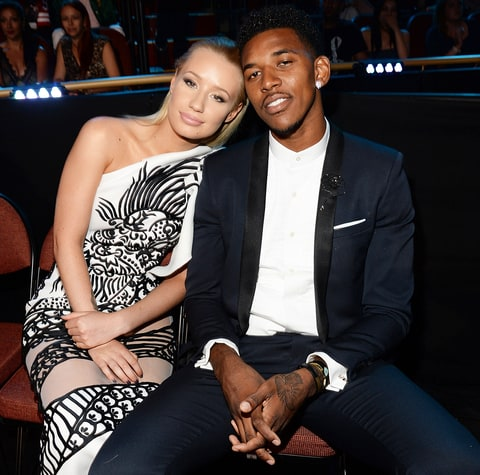 iggy azalea gives nick young keonna green the middle
