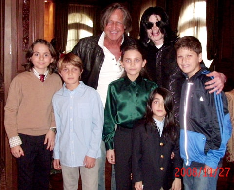 Michael Jackson poses with real estate developer Mohamed Hadid (top left), Hadid's children and Jackson's children Michael Joseph Jr. (far left), Paris Michael Katherine (center) and Prince Michael II (bottom) on Nov. 27, 2008, at the Jackson Holmby Hills residence in L.A.'s Westwood.