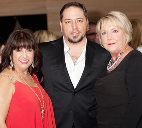 jason aldean with mom and stepmom