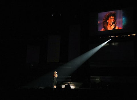 Jennifer Hudson tribute for whitney