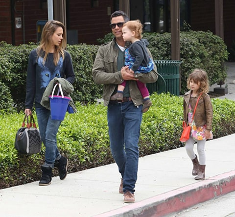 Jessica Alba and family