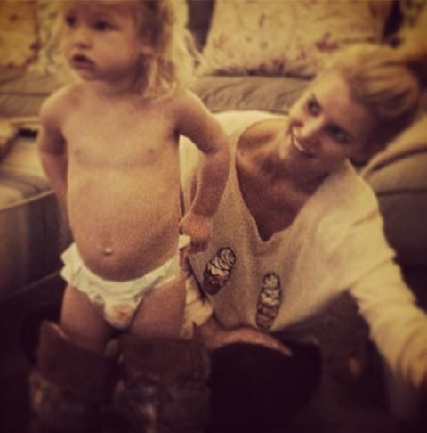 Jessica Simpson naked baby