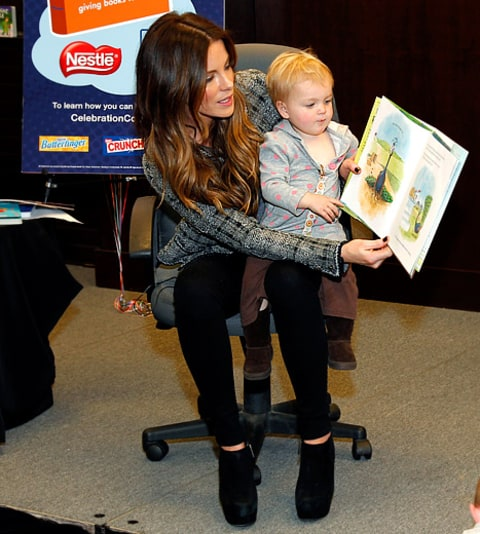 kate beckinsale reading