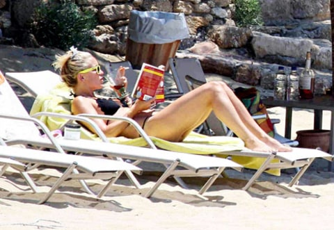 kate hudson greece