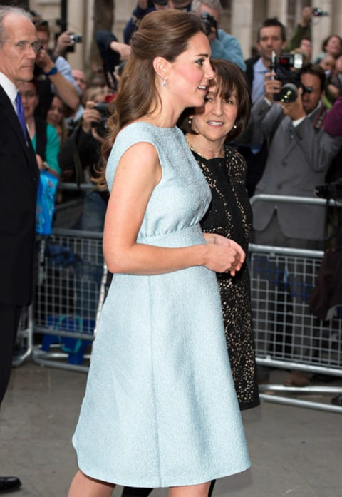 kate middleton profile blue dress