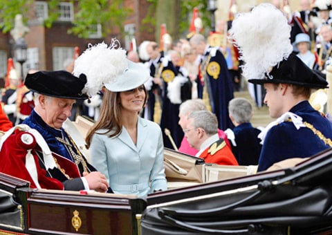 kate middleton in carriage at garter service