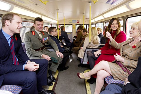 kate and william on bus