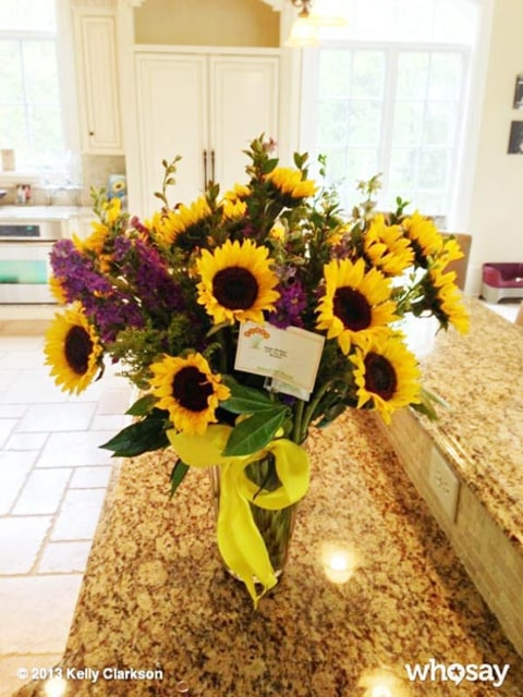 kelly clarkson birthday sunflowers
