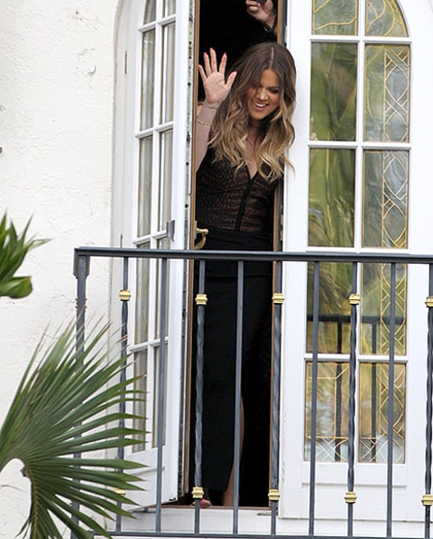 khloe on balcony