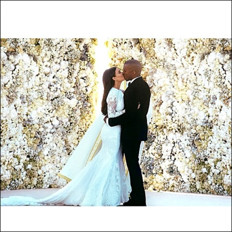 Kim Kardashian and Kanye West - Wedding Kiss
