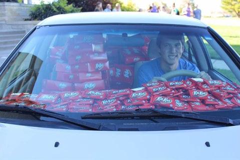 Df Kit Car >> Kit Kat Theft Victim's Car Filled With 6,500 Kit Kat Bars ...
