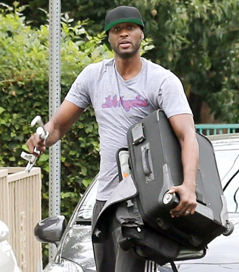 Lamar attacking paps