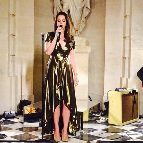 lana del rey singing at kimye wedding