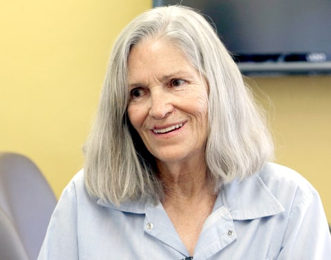 Former Charles Manson follower Leslie Van Houten confers with her attorney Rich Pfeiffer, not shown, during a break from her hearing before the California Board of Parole Hearings at the California Institution for Women in Chino, Calif., Thursday, April 14, 2016.
