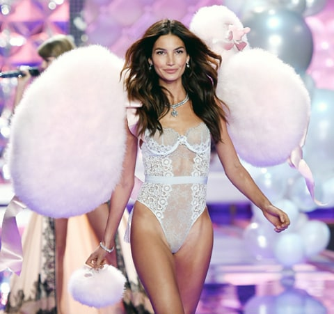 lily aldridge at VS show 2014