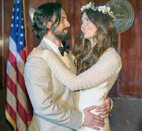 Milo Ventimiglia as Jack Pearson and Mandy Moore as Rebecca Pearson in This Is Us