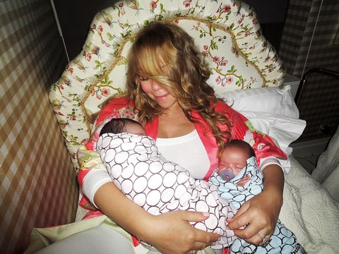 Mariah Carey with twins Monroe and Moroccan