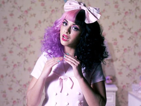 Melanie Martinez - Dollhouse video
