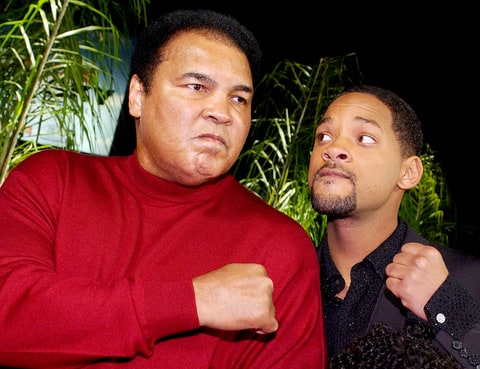 Muhammad Ali jokes with Will Smith.