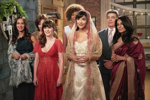 Hannah Simone New Girl Wedding