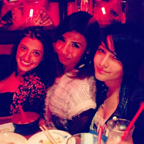 paris jackson friends