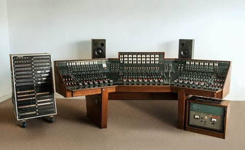'Dark Side of the Moon' Recording Console Sells for $1.8 Million