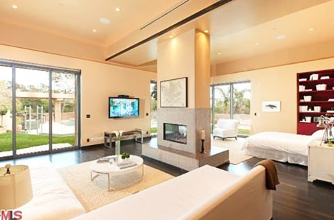 Rihanna's house bedroom