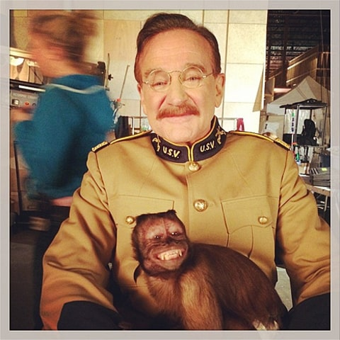 robin williams crystal on set