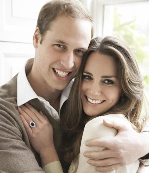Will and Kate hugging engagement photo