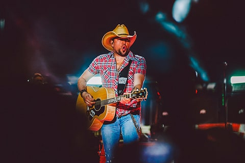 jason Aldean, march madness, on stage, performance, guitar, country