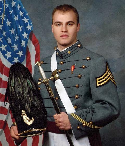 Солдат ебет офицера фото 79-222
