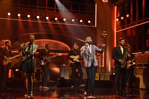Leon Bridges; SNL