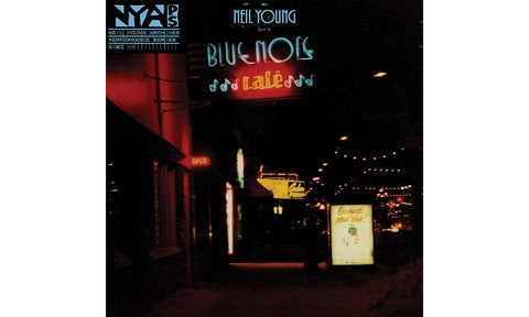 Neil Young; Bluenote Café