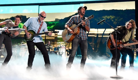 Luke Bryan performs on the CMT Music Awards.