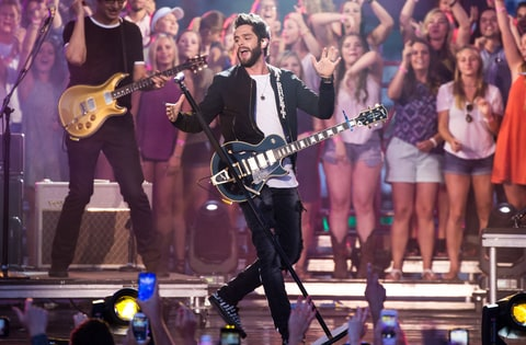 Thomas Rhett performs at the CMT Music Awards
