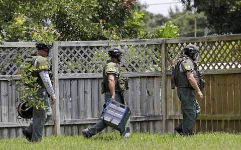 Omar Mateen Bomb Disposal Offficers check home