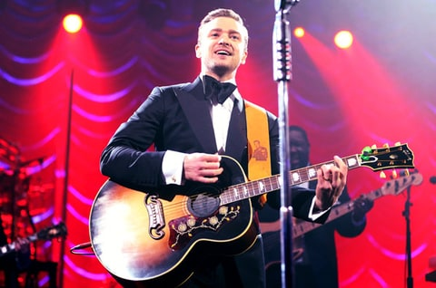 Justin Timberlake, superbowl, new orleans, come back, concert, singing, guitar, n sync, JT