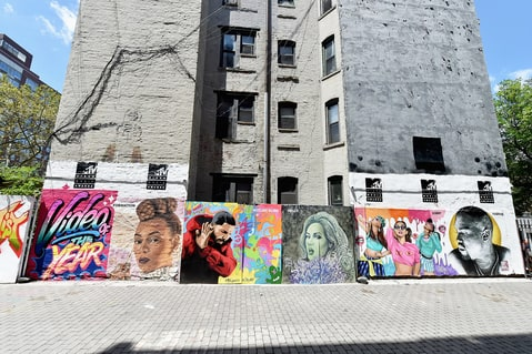 Beyonce, Adele, Lead, 2016, MTV, VMA, Nominations, Mural