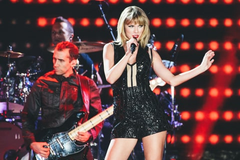 Taylor Swift, Live Review
