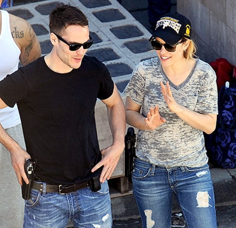 Taylor Kitsch and Rachel McAdams