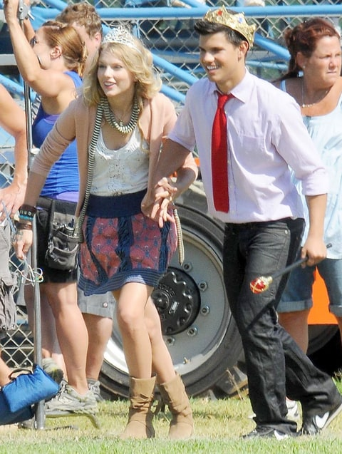 Taylor swift and lautner dating 2010 silverado 1