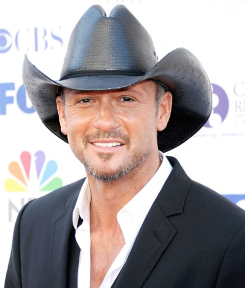 tim mcgraw smiling