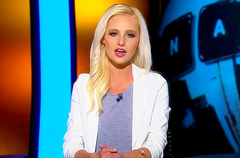 Tomi Lahren Beat the Game One-Handed