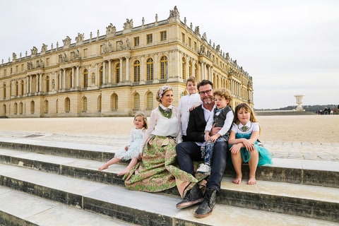 Tori Spelling and Dean McDermott at Versailles