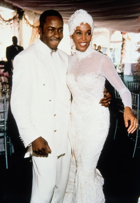 Whitney Houston's Wedding Dress, Personal Items to Be ...